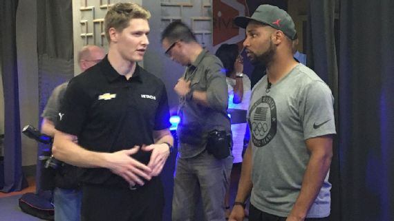 Lions' Golden Tate, IndyCar champ reconnect through pingpong